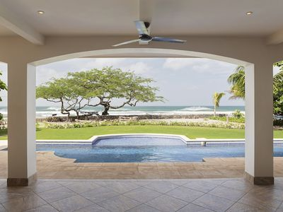 Photo for Adelante (Spacious Beachfront House)