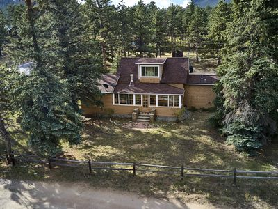 Photo for Ideally located cabin 1.14 miles to gates of Rocky Mountain National Park