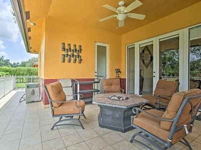 Photo for NEW! Redland House - Large Yard, Outdoor BBQ!