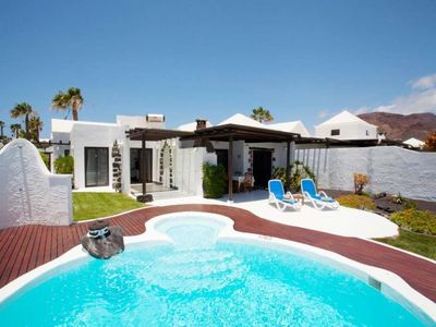 """Photo for House a short walk away (257 m) from the """"Playa Blanca"""" in Playa Blanca with Internet, Pool, Garden, Balcony (970223)"""