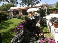 A truly wonderful villa with spectacular gardens and super owners