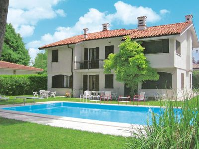 Photo for 5 bedroom Villa, sleeps 10 in Castelnuovo di Verona with Pool and WiFi