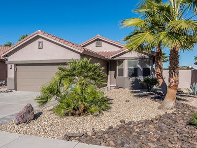 Photo for Gorgeous 3 Bdrm Peoria Area Home With Pool, 3 Miles To Peoria Sports Complex!