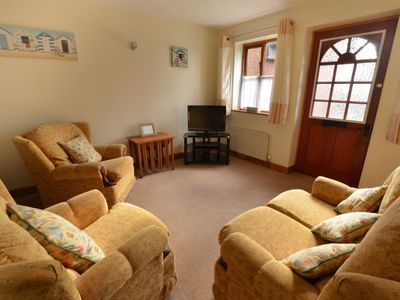 Photo for House 229 m from the center of Cromer with Parking, Internet, Washing machine, Garden (118423)