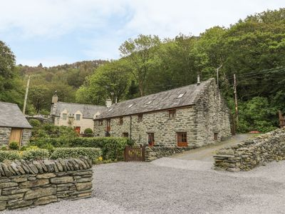 Photo for HENDOLL COTTAGE 2, pet friendly in Fairbourne, Ref 916896