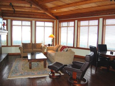 Photo for Unreal Ski-in/Ski-out Condo with Private Hot Tub and Den/Games Room!
