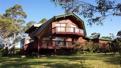 Photo for Sublime Cedar Lodge Leura