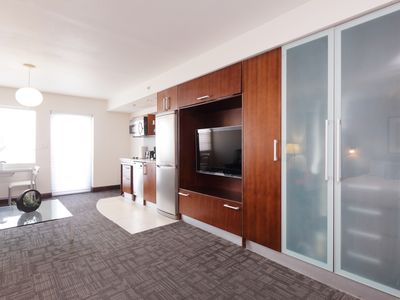 Photo for Oceanfront Condo Suite w/Balcony - Pool w/Beach view - Ocean Drive - South Beach