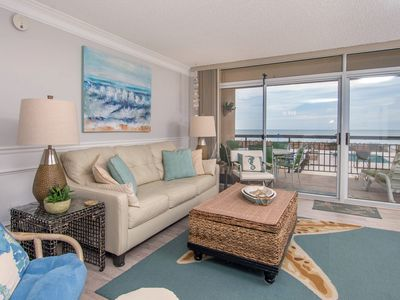 Photo for Beautiful one bedroom oceanfront condo with stunning ocean views and a pool!
