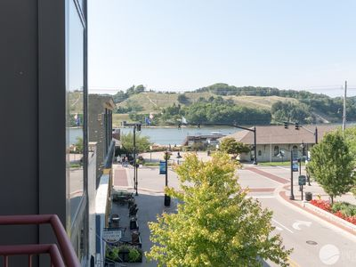 Photo for Fountain View: 2 BR Downtown Grand Haven Condo With Channel Views (Sleeps 6)