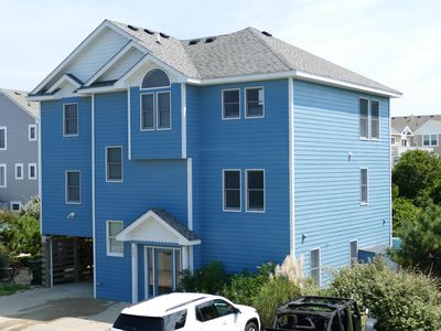 Photo for 550 feet to beach access, private pool, hot tub, pet friendly, gameroom!