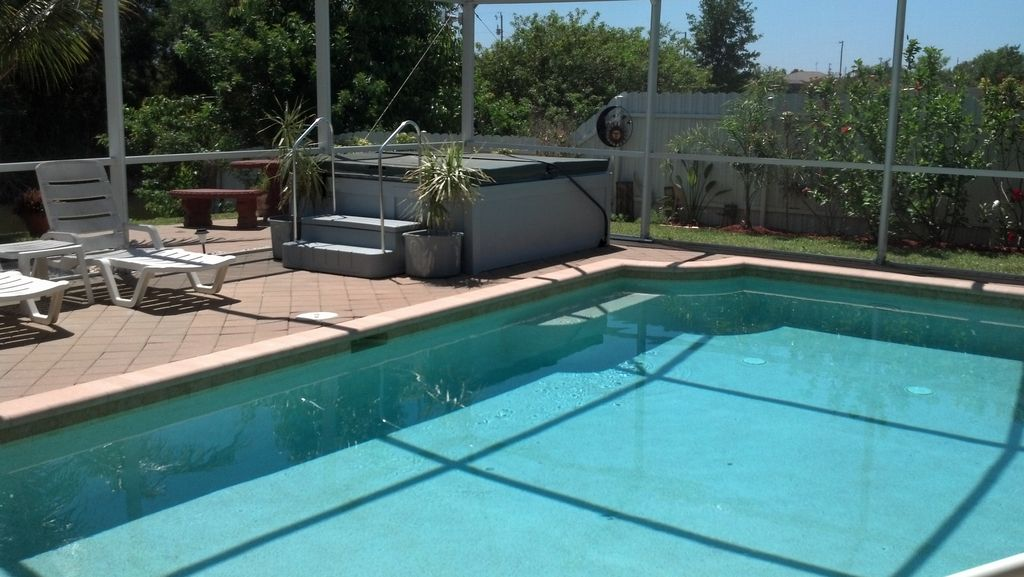 Spa, Pool, Side Fence, Another Sun, 2 Of 4 Loungers,another