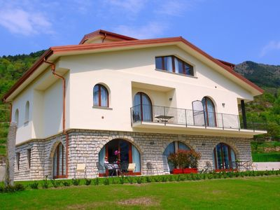 Photo for Great villa in the middle of nature and without stress! Only 10 minutes from Lake Garda