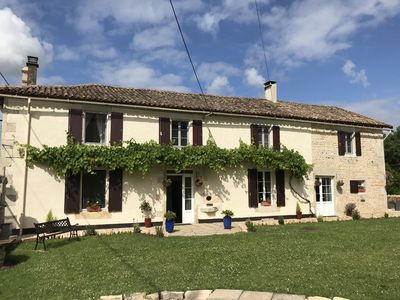 Photo for Spacious, Beautiful Gîte with Heated Pool, BBQ & Bread/Pizza Oven