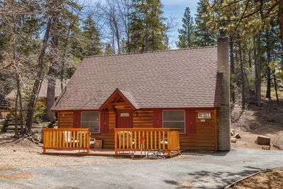 Welcome to the Bear Beauty . 3 Bedroom Remodeled Modern Cabin