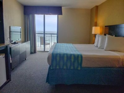 Photo for Oceanfront King Suite with Private Balcony~Sun N Sand 506
