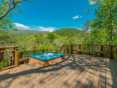 Photo for LOG HEAVEN: A Luxurious 3BR 2BA with Mountain View and Privacy!