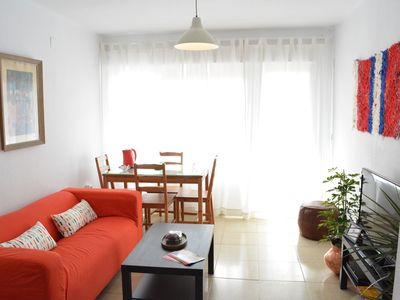 Photo for Comfortable apartment next to the Plaza of Spain and María Luisa Park