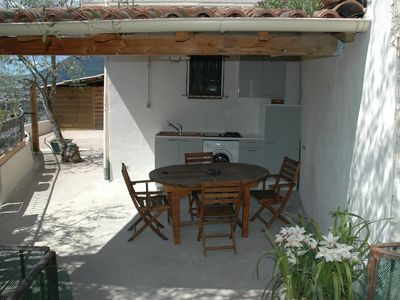 Photo for Bottom of villa in the countryside but close to Nice