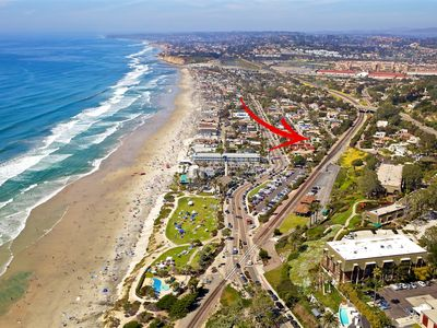 RIGHT Across the Street from the Beach! DEL MAR BEACH COLONY WALK TO ALL!