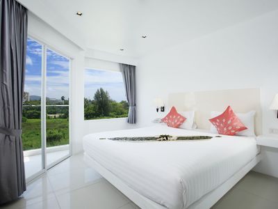 Photo for Karon Beach Deluxe with Communal Pool