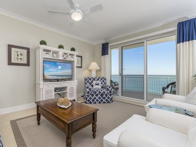 Gateway Grand 1009, stunning oceanfront luxury