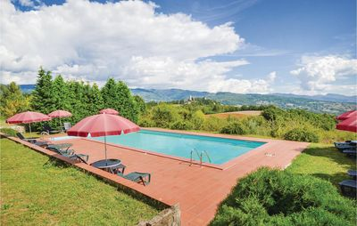 Photo for 7 bedroom accommodation in Pratovecchio -AR-