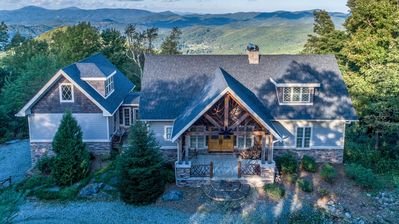 Photo for Upscale 4BR/4BA with Mountain Views, Pool Table, Covered Porch, and Rustic Finishes