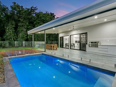 Photo for Luxury HQ in Palm Cove