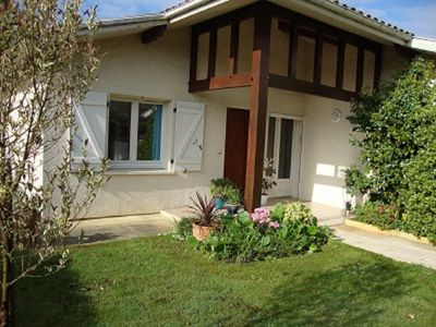Photo for Quietly located in a dead end perfectly maintained villa for 4 people