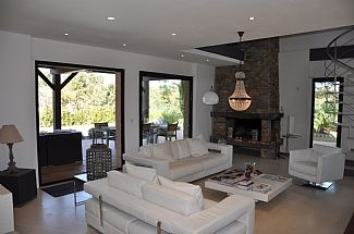 Photo for Contemporary & Stylish Villa With Heated Private Pool in Tranquil Location