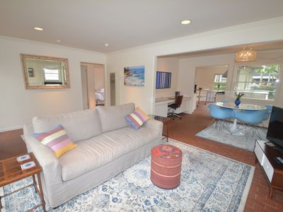 BEAUTIFUL LA JOLLA COTTAGE! WALK TO LOCAL BEACHES & SHOPS!