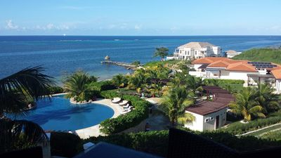 Photo for Gorgeous 3 bedroom 2 bath Private Pool and Patio Villa.