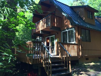 Photo for Cozy Cedar Cabin~Hot Tub, Fireplace, Pool table, Wi-Fi, Fire Pit, Pet Friendly