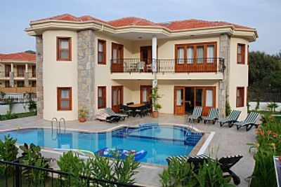 Photo for 4 bedroom villa in private surrounding, close to Dalyan centre