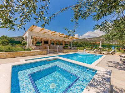 Photo for Stylish 3 bed villa near Trogir w/ pool, vast gardens & outdoor kitchen