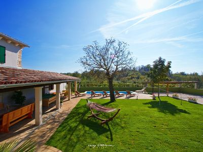 Photo for Idyllic villa with private pool in Central Istria
