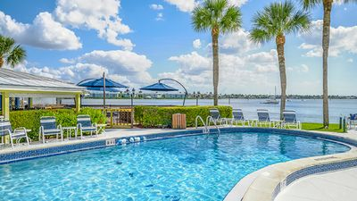 Photo for Beautiful 2 BDRM CONDO~ CHARTER CLUB OF NAPLES BAY~ BOATING/FISHING & MUCH MORE