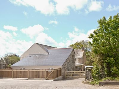 Photo for 1 bedroom property in Marazion. Pet friendly.