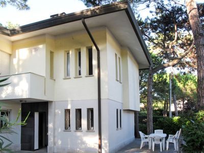 Photo for Apartment Villa Isolina (LIG630) in Lignano Pineta - 7 persons, 2 bedrooms
