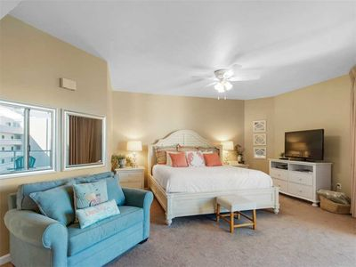 Photo for Sterling Sands 501A - Booking spring vacays, now!