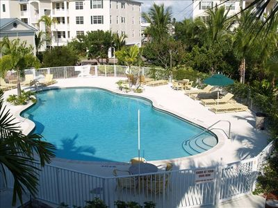 Bay Harbor Condominium Swimming Pool and Hot Tub.