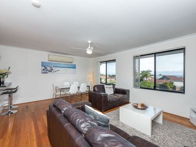 Photo for Mullaloo Dreams Accommodation from $100 pn