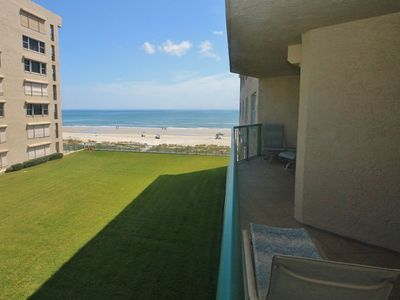 Large balcony with great ocean view, accessible off living room or master br.