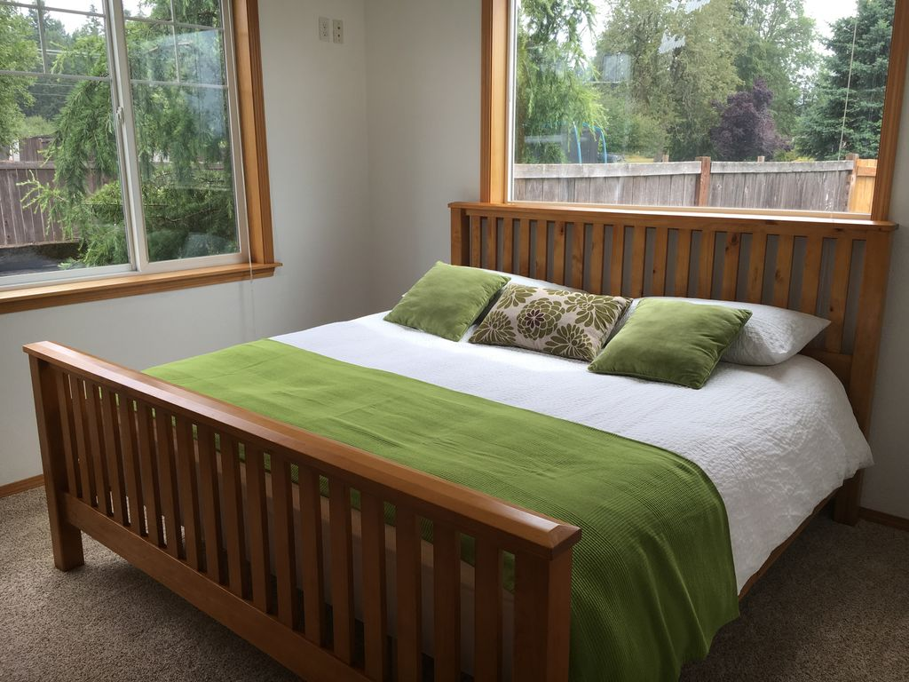 2 Bedroom Guest House Remodeled Spanaway Washington