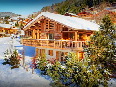 Photo for 4 star chalet close to piste, ski bus and village facilities - OVO Network