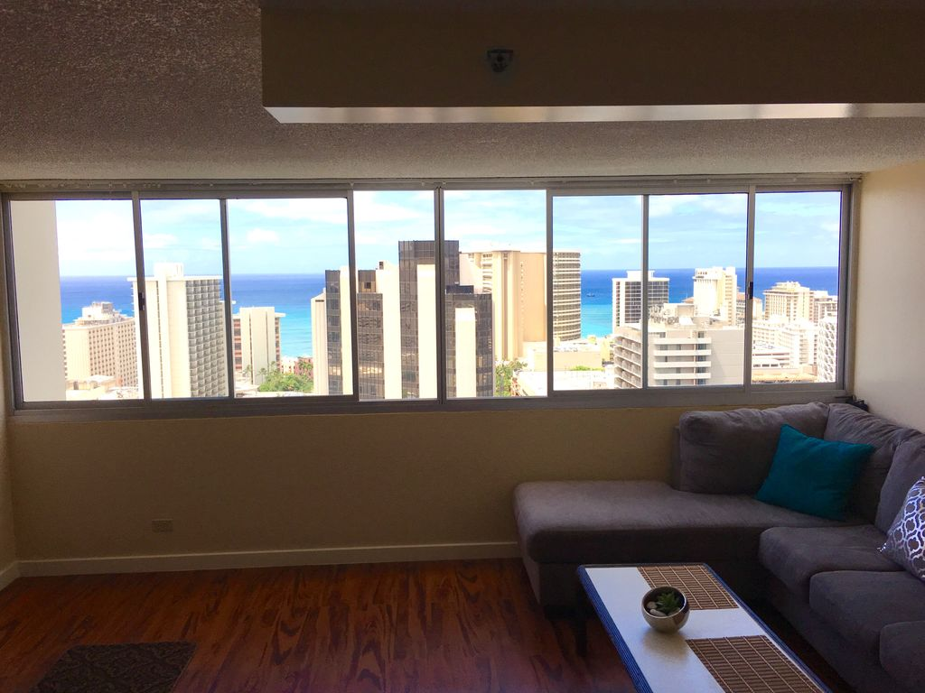 Property Image 2 Ocean View Luxury One Bedroom Apartment In The Heart Of Waikiki