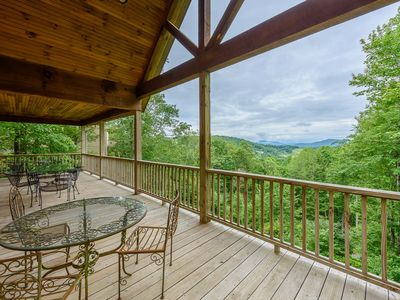 Photo for Log Cabin, Long Views, King Suite w/ Jetted Tub, Updated Kitchen, Close to Attractions & Skiing