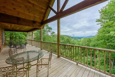 Outdoor Seating on Main Deck and Views