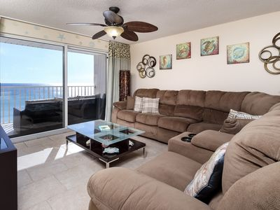 Photo for Cozy Gulf Front Rental, Beach Service Included, Close to Dining Options